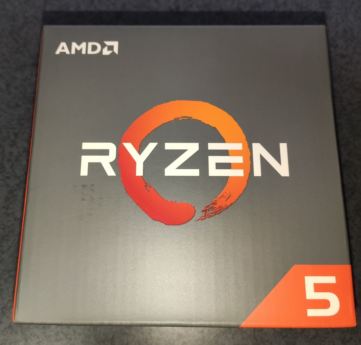 AMD Ryzen5 1600X 6コア 12スレッド 3.6GHz Base /4.0GHz Precision Boost