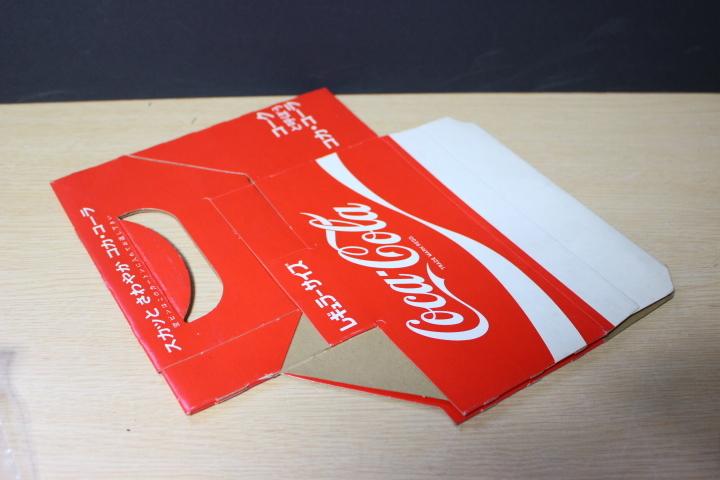 ■ わ-422 コカ・コーラ 瓶入れ カートン(紙製)レギュラーサイズ 未使用保管品 ボトルケース 当時物 貴重 希少 ※寸法は画像下参照_画像5
