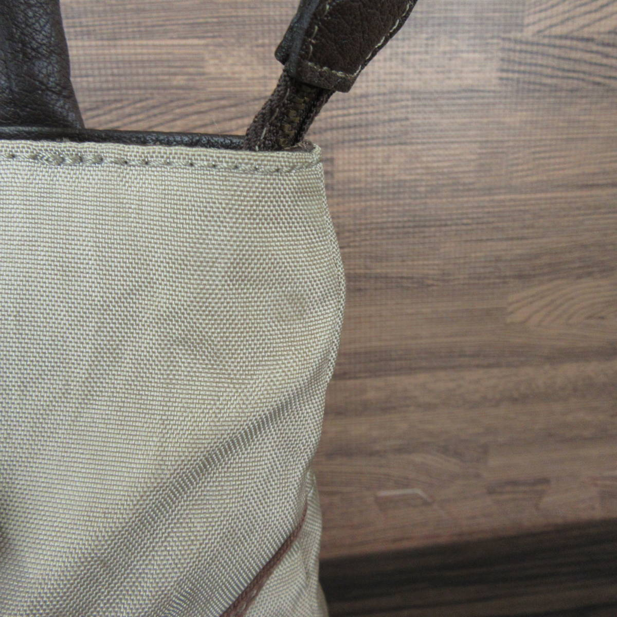 IBIZA イビザ ナイロン×レザー フラワーワッペン ハンドバッグ 保存袋 ブラウン×ベージュ系 東KK_画像9