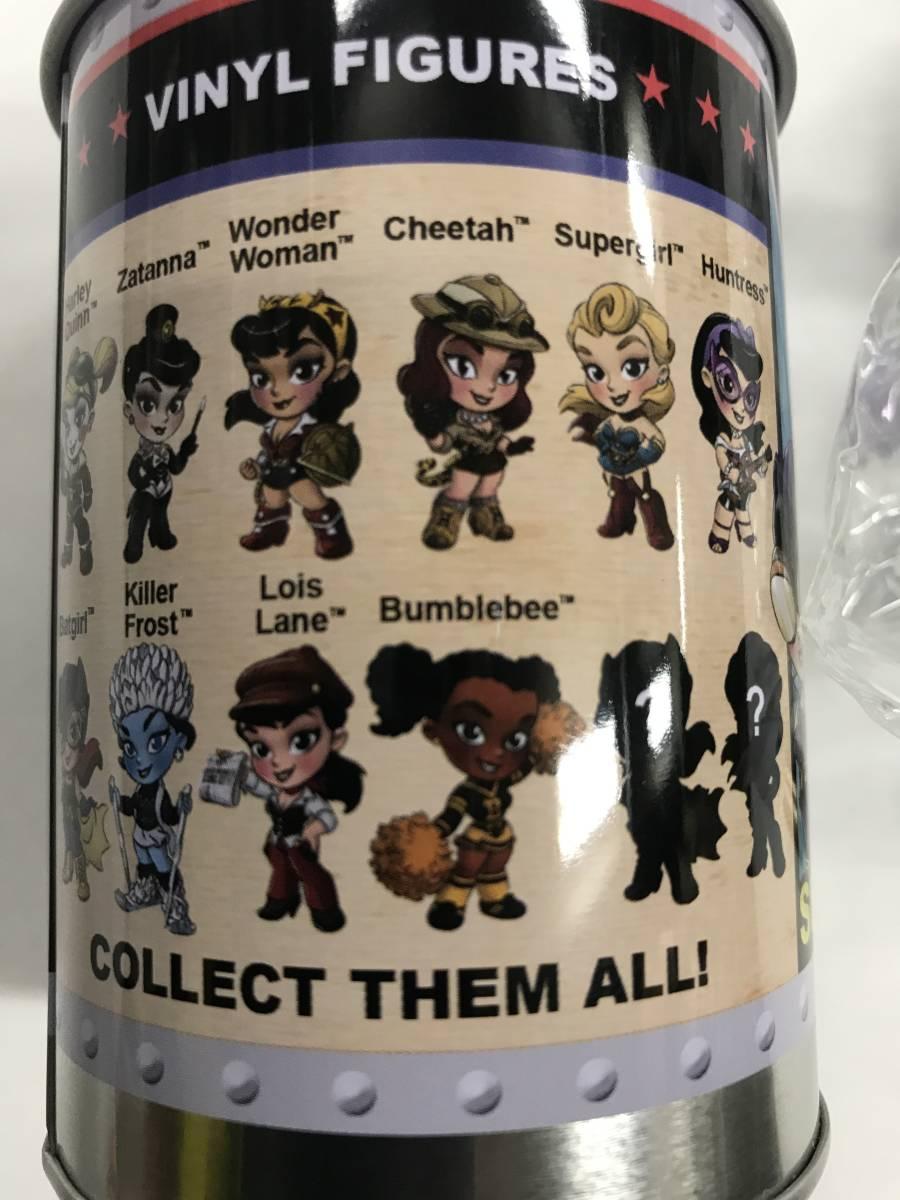 DC Comics Lil Bombshells ビニールフィギュア バットガール ソフビ シリーズ2 シークレット ホットトイズ_画像4