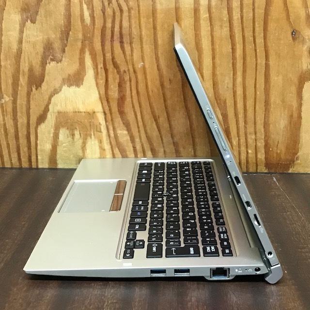 ★★東芝 dynabook R82/Core M-5Y31/メモリ4GB/SSD128GB/Win10/Office/タッチパネル搭載/ドッキングキーボード/FULL HD★_画像7