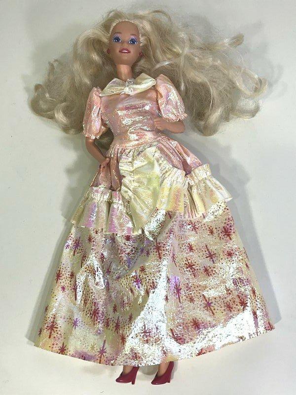 送料無料 ■ リカちゃん バービー ジェニー 人形 日本製 小物 衣装 着せ替え人形 ⑤_画像1