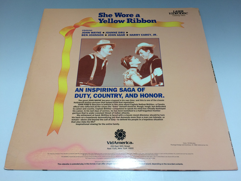 She Wore A Yellow Ribbon ◆LD(レーザーディスク) 輸入盤 576_画像2