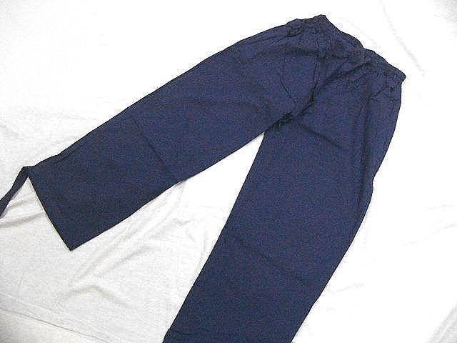 わけあり品 濃紺色地 綿100%・薄手無地生地 作務衣 Mサイズ 未使用品_画像6