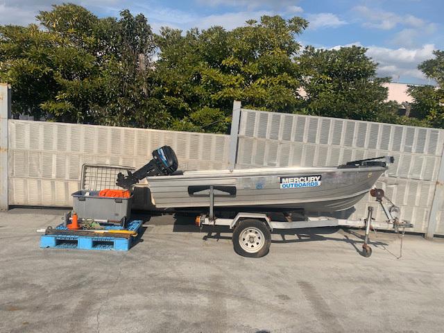 「アルミ製 エンジン付きボート  ボートトレーラー付き」の画像1
