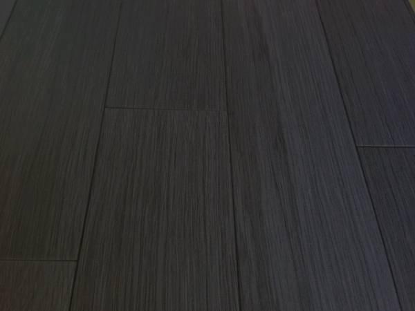 ★ 地域限定/送料無料 ★NV350新型キャラバンDXスーパーロング標準幅用フルフロアーマット/フローリング ブラックアッシュ_画像2