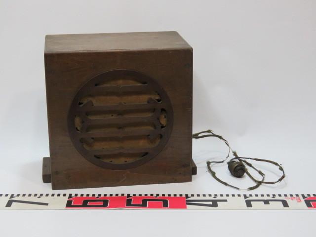 真空管ラジオ 木枠 スピーカー ケース/アンティーク ビンテージ 昭和レトロ 古民家 周辺機器 蓄音機 電蓄 ディスプレイ 部品 パーツ 箱