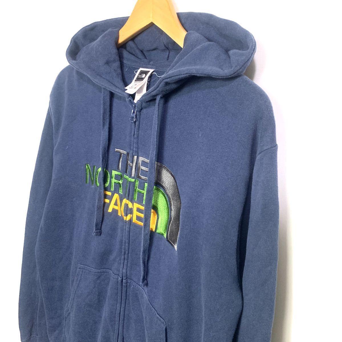 ■ザ・ノースフェイス 3色刺繍ロゴ フルジップ パーカー Mサイズ 紺 THE NORTH FACE ジップアップジャケット 大きいロゴ フーディー 古着■_画像2