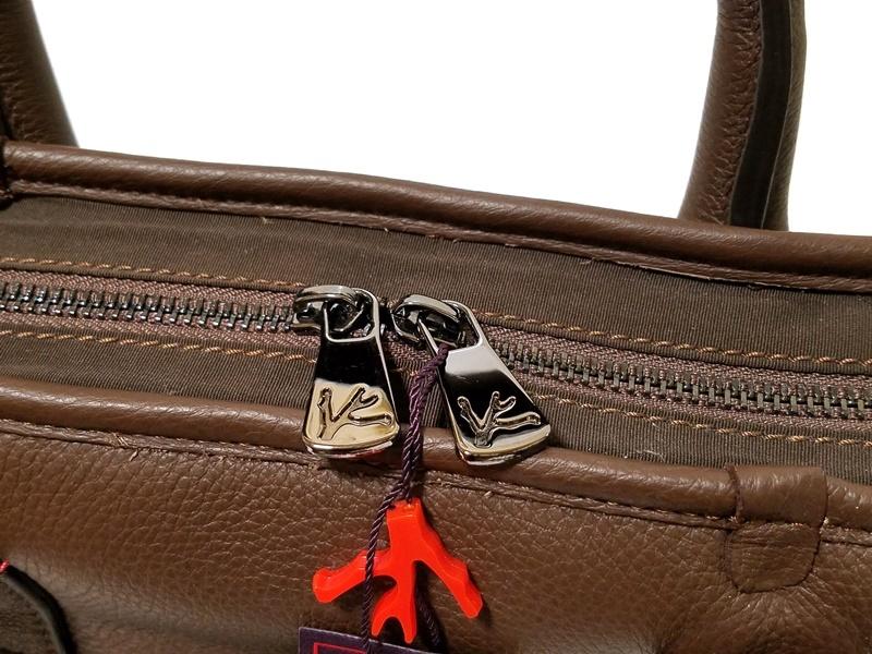1円~30万本物新品 ISAIAイザイア 総レザーブリーフケース 茶 小細工抜きで戦えるビジネスバッグ スーツ ジャケットスタイルに_画像6