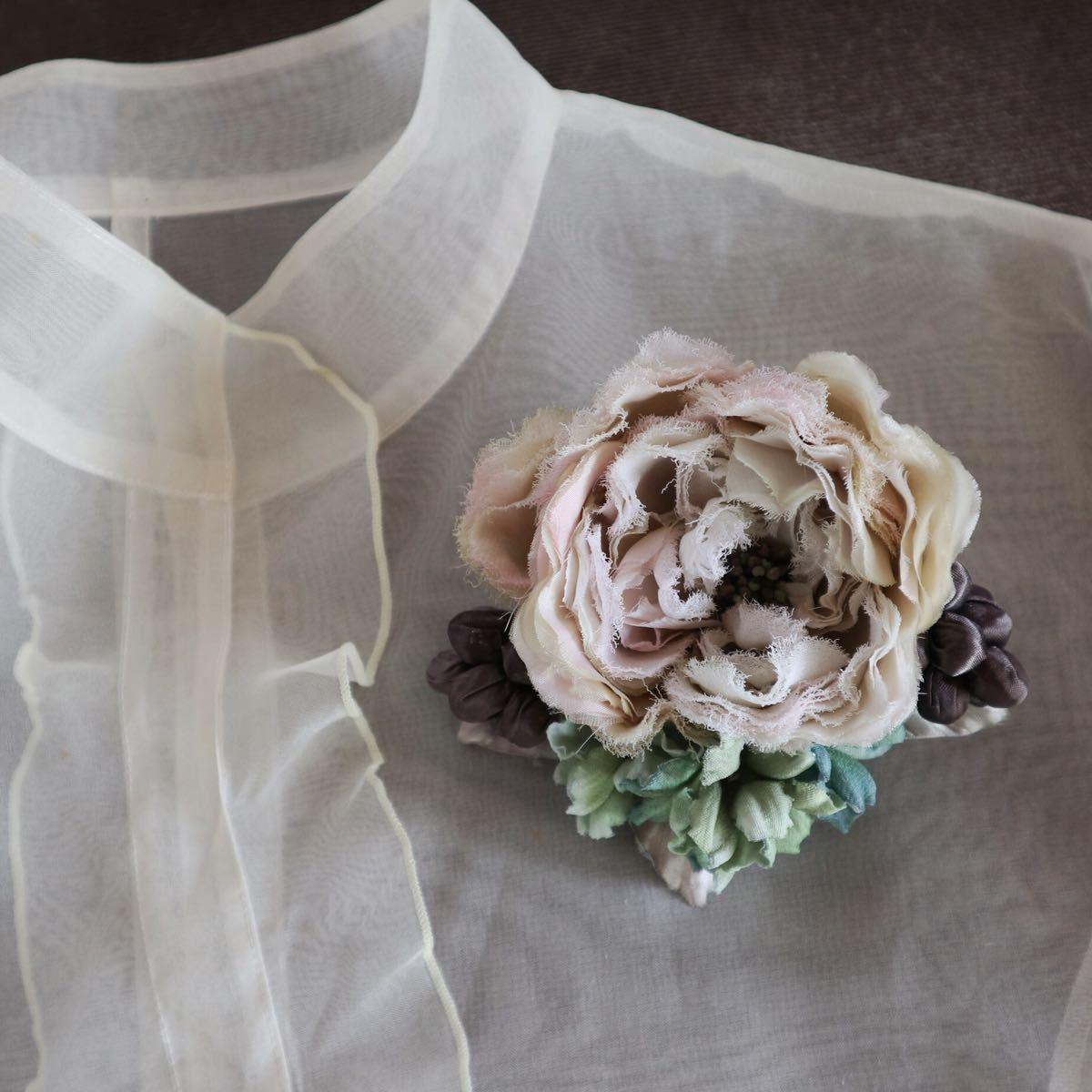 *kashun* ハンドメイド 布花のアンティークカラーのミニブーケ風コサージュ6 ピンクのバラとアジサイ /染花/卒園式/卒業式/入学式_画像1