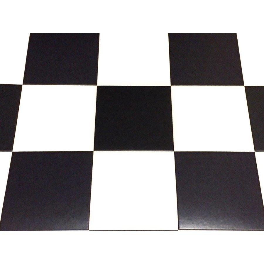 ★地域限定/送料無料★NV350新型キャラバンDXスーパーロング標準幅用フルフロアーマット/白黒チェッカー_画像2