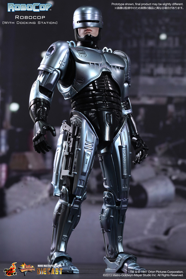 Hot Toys Robocop Completely unopened New