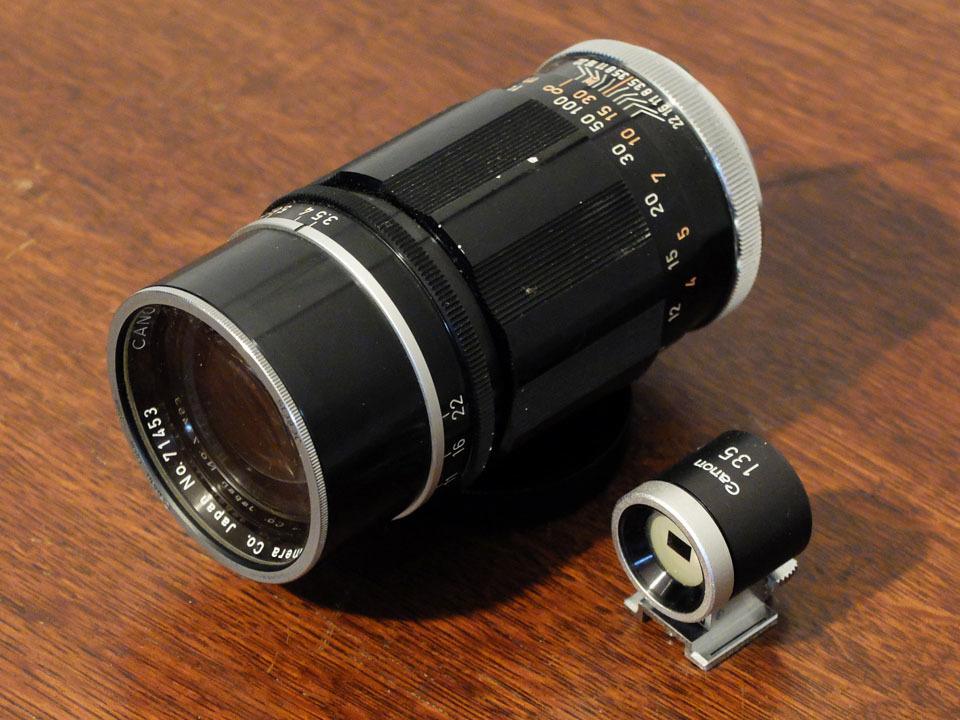 【中古/ジャンク】キヤノン 135mm f3.5 (Lマウント) +135mmファインダー:Canon 135mm f3.5 (L-Mount) with 135mm Finder_画像1