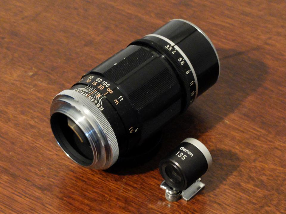 【中古/ジャンク】キヤノン 135mm f3.5 (Lマウント) +135mmファインダー:Canon 135mm f3.5 (L-Mount) with 135mm Finder_画像2