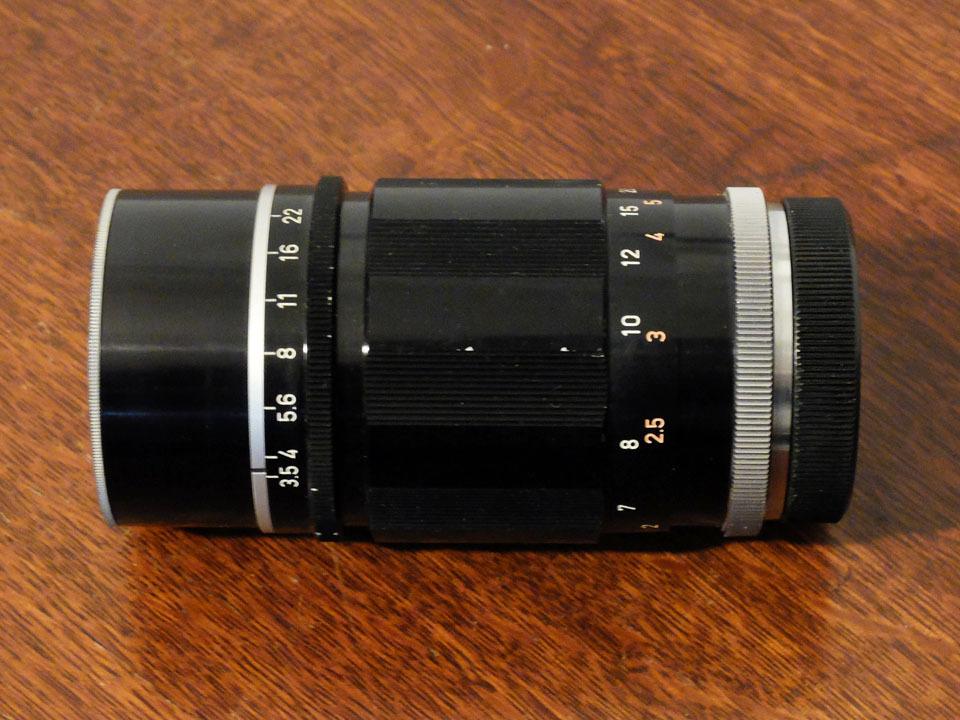 【中古/ジャンク】キヤノン 135mm f3.5 (Lマウント) +135mmファインダー:Canon 135mm f3.5 (L-Mount) with 135mm Finder_画像3