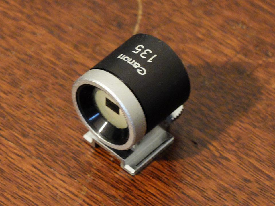 【中古/ジャンク】キヤノン 135mm f3.5 (Lマウント) +135mmファインダー:Canon 135mm f3.5 (L-Mount) with 135mm Finder_画像6