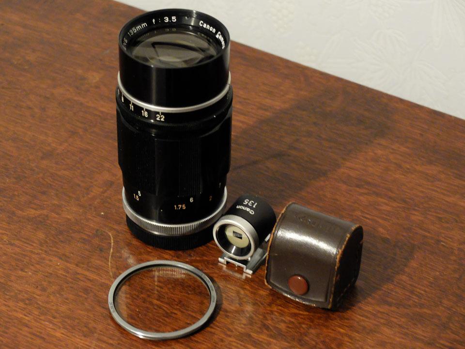 【中古/ジャンク】キヤノン 135mm f3.5 (Lマウント) +135mmファインダー:Canon 135mm f3.5 (L-Mount) with 135mm Finder_画像7