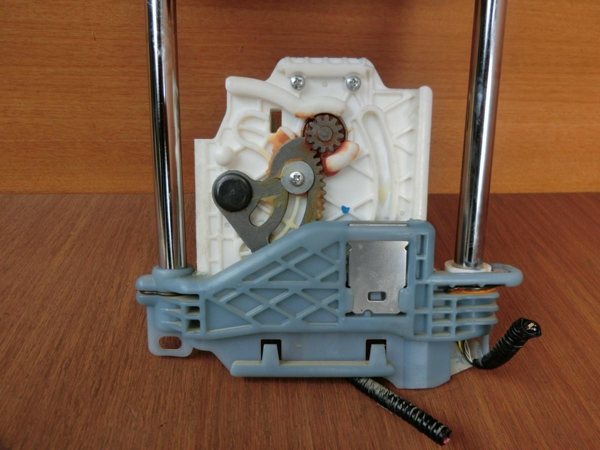 H25 レクサス HS250 ANF10 フロントヘッドレスト_画像3