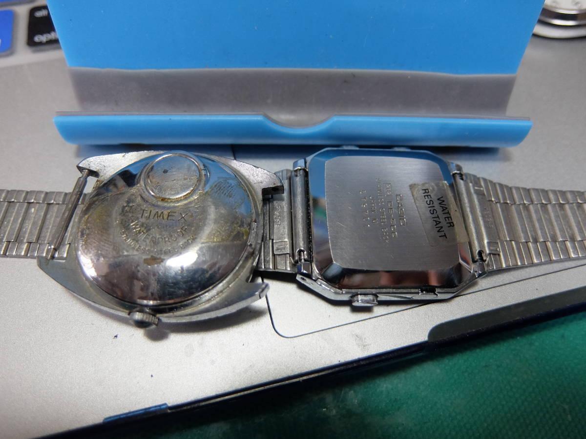 SEIKO CITIZEN RICHO CASIO TIMEX セイコーAGS シチズン ハイライン オートデイター 540 リコー 8ダイナミックワイド カシオデータバンク他_左側は昔の電池のタイメックス