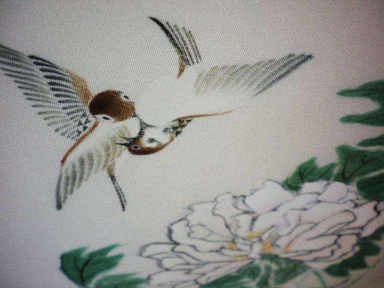 きん子 手描き 雀と牡丹 開き仕立 芯出し仕立て 9寸開き名古屋帯 オフホワイト リメイク材料 ハギレ 古布_画像3