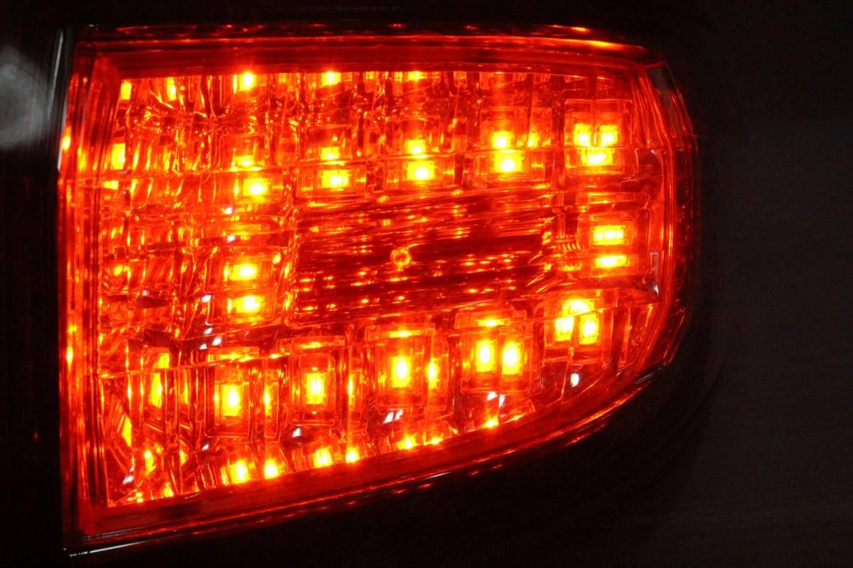 美品/LED点灯OK ANH20 20 ヴェルファイア 純正 右 テール ランプ/ライト/レンズ コーナー/外側 KOITO 58-29 パールホワイト/070 前期/後期_画像5