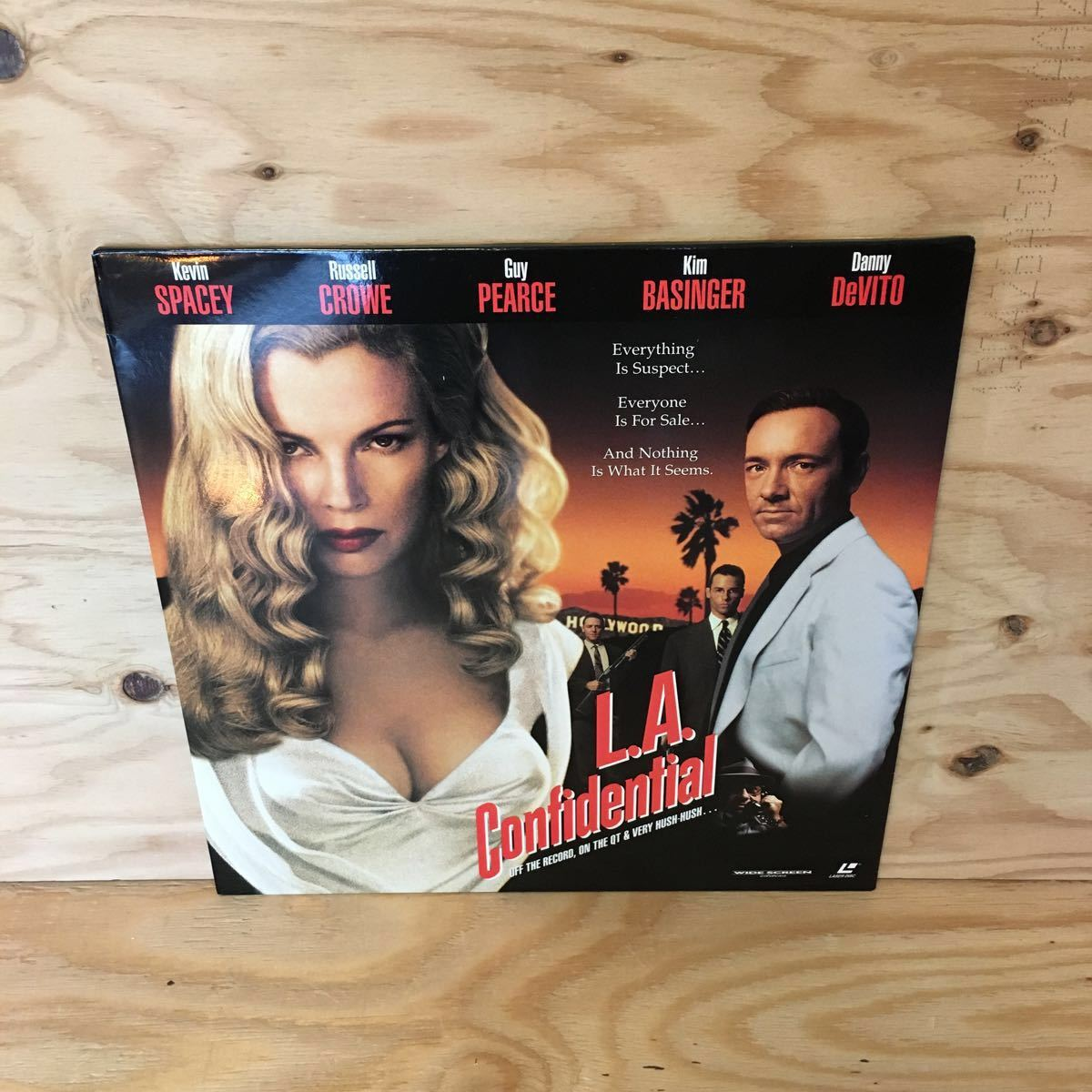 ◎3FJJB-200212 レア[L.A. Confidential 輸入盤]LD レーザーディスク KEVIN SPACEY CURTIS HANSON_画像1