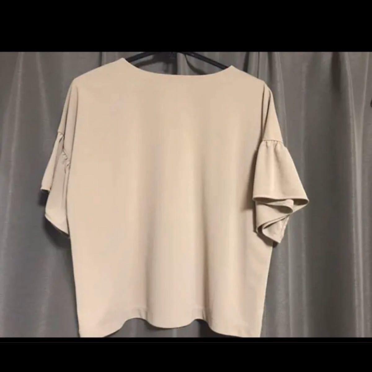 カットソー トップス UNIQLO 半袖Tシャツ