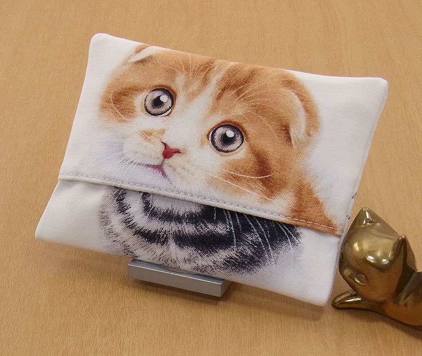 11-b T ハンドメイド 手づくり ティッシュ カバー ケース スコティッシュフォールドショートヘア M 人懐っこい 猫 ネコ プレゼント 贈り物_一般的なポケットティッシュがはいります。