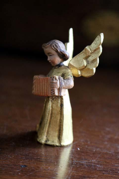 ■ アンリ工房/ANRI、木彫ミュージックエンジェル/天使・アコーディオン ■_画像3