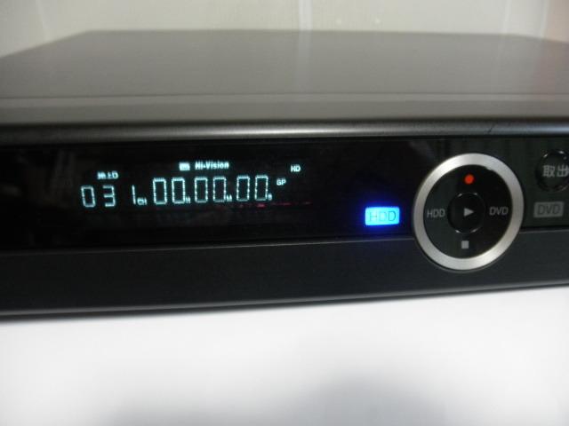 ジャンク品@@ 東芝 RD-E303 TOSHIBA HDD&DVDビデオレコーダー HDD内蔵 (リモコン&取説なし) 動作確認全てできておりません。_画像3