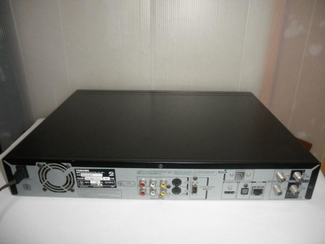 ジャンク品@@ 東芝 RD-E303 TOSHIBA HDD&DVDビデオレコーダー HDD内蔵 (リモコン&取説なし) 動作確認全てできておりません。_画像8