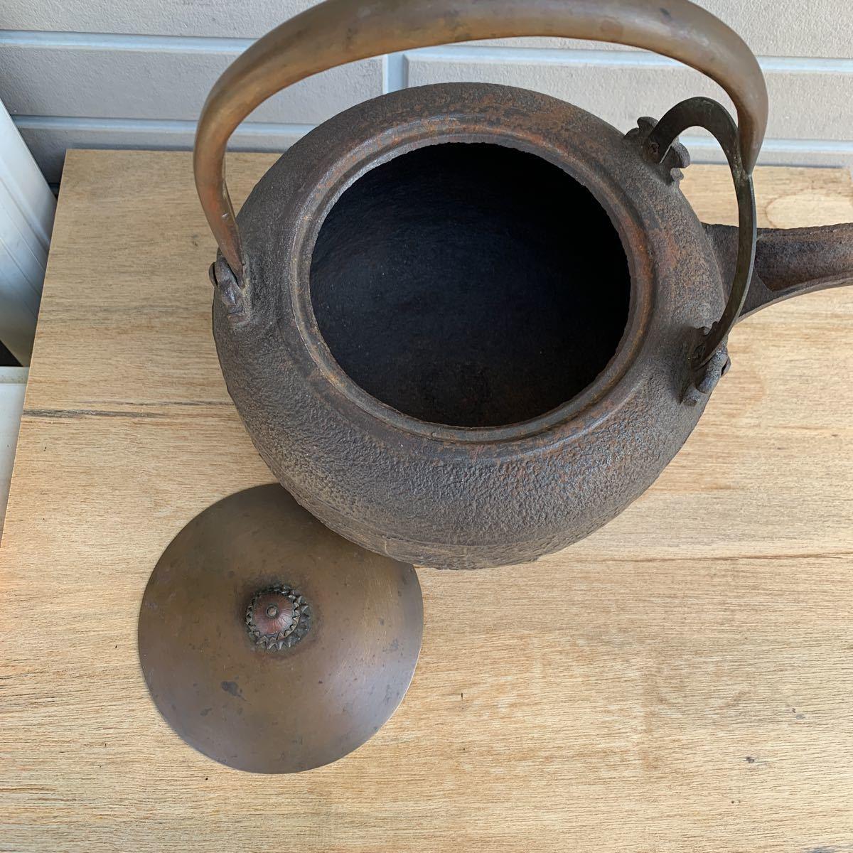 鉄瓶 松図 竹図 梅図 横約27cm 高さ約28cm 蓋唐金(大きさ13.2cm)煎茶道具_画像9