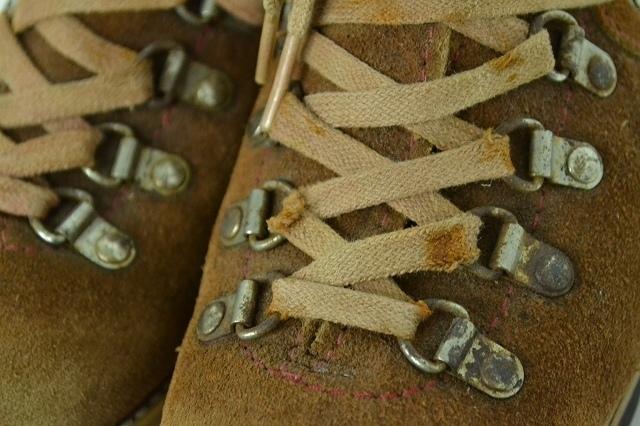 кожа  ... ботинки  22cm состояние    размер  4 1/2  женский   бу одежда   красивая вещь ♪  на улице   ...  лагерь    прочно   винтаж  ... тоже ◎