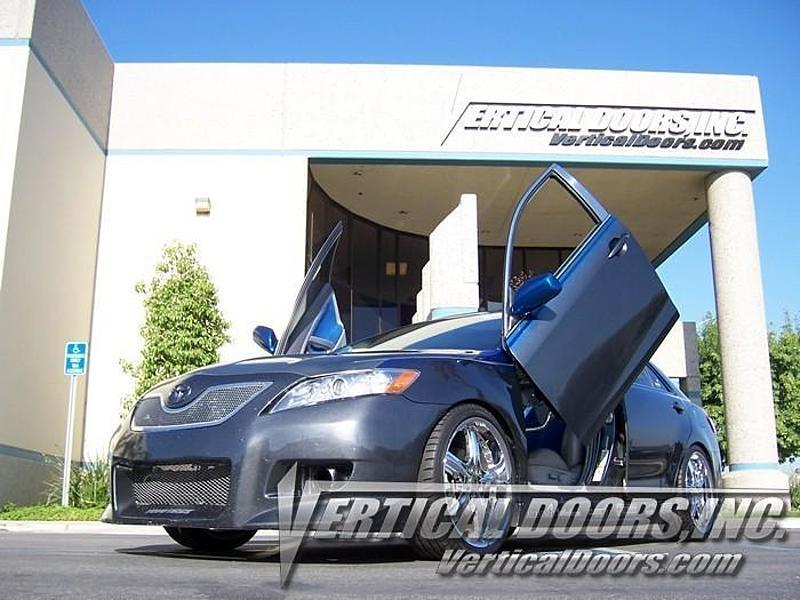 2006-2011 トヨタ カムリ 40系 ヴァーティカルドア ランボドア ガルウイング コンバージョン VERTICALDOORS INC製 ヒンジキット_画像1