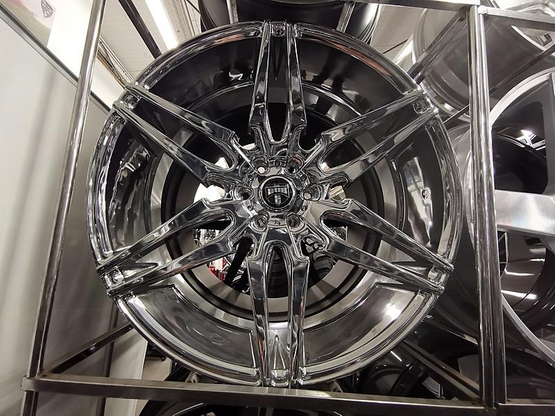 26インチ DUB ATTACK 6 ダブ クローム ホイール タイヤ 4本セット 6x139.7mm エスカレード タホなど_画像2