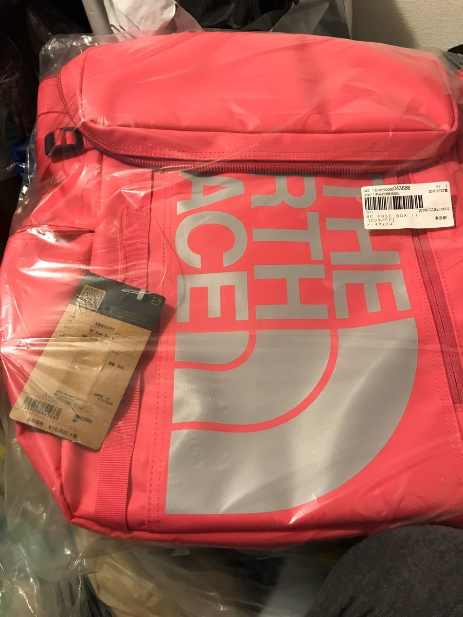 THE NORTH FACE ヒューズボックスピンク