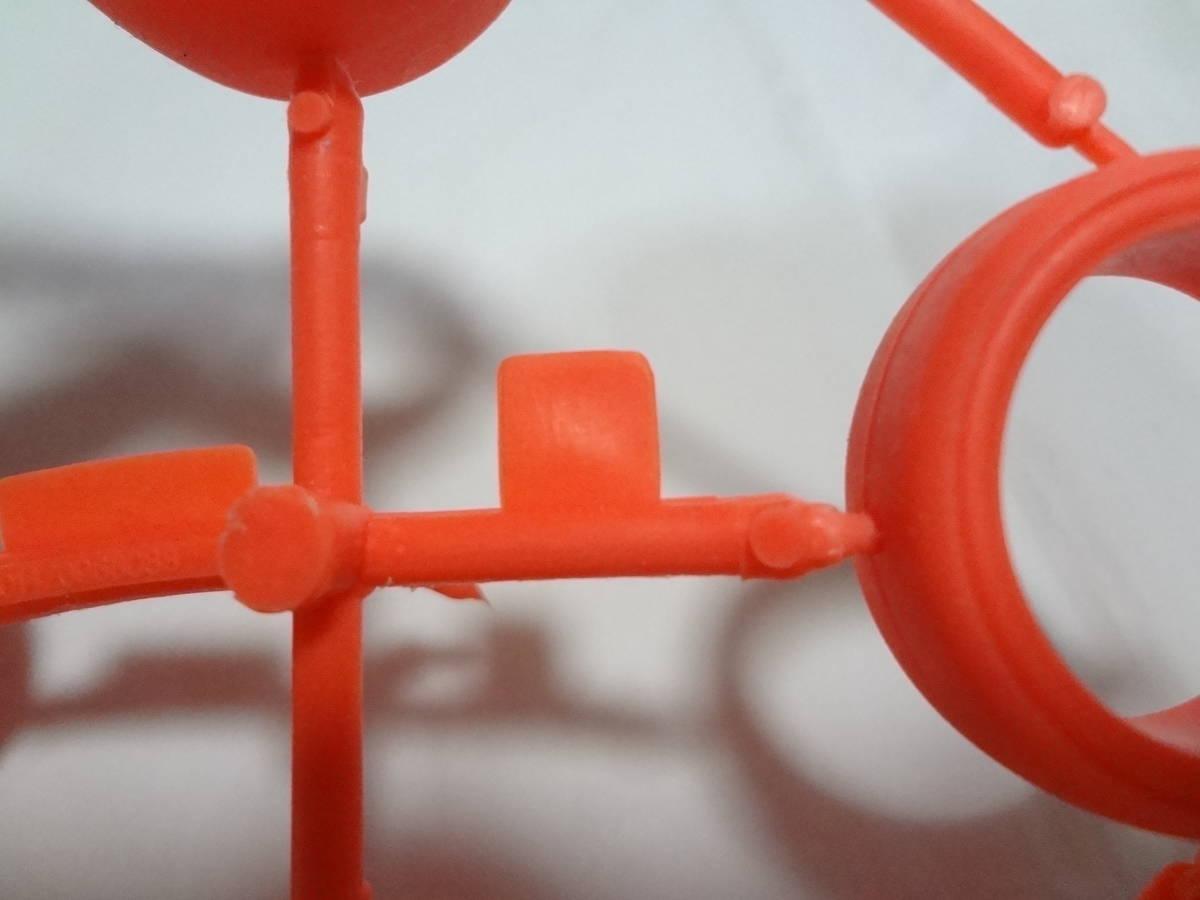 ★未使用 美品 タミヤ ミニ四駆 大径 スリックタイヤ 蛍光オレンジ 素材表記無し 旧ロット_画像4