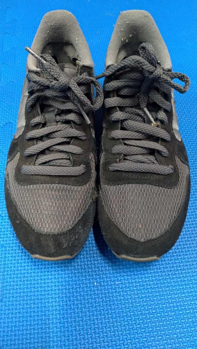 NIKE 黒 グレー 運動靴 25.0cm ナイキ スニーカー 箱無し_画像1