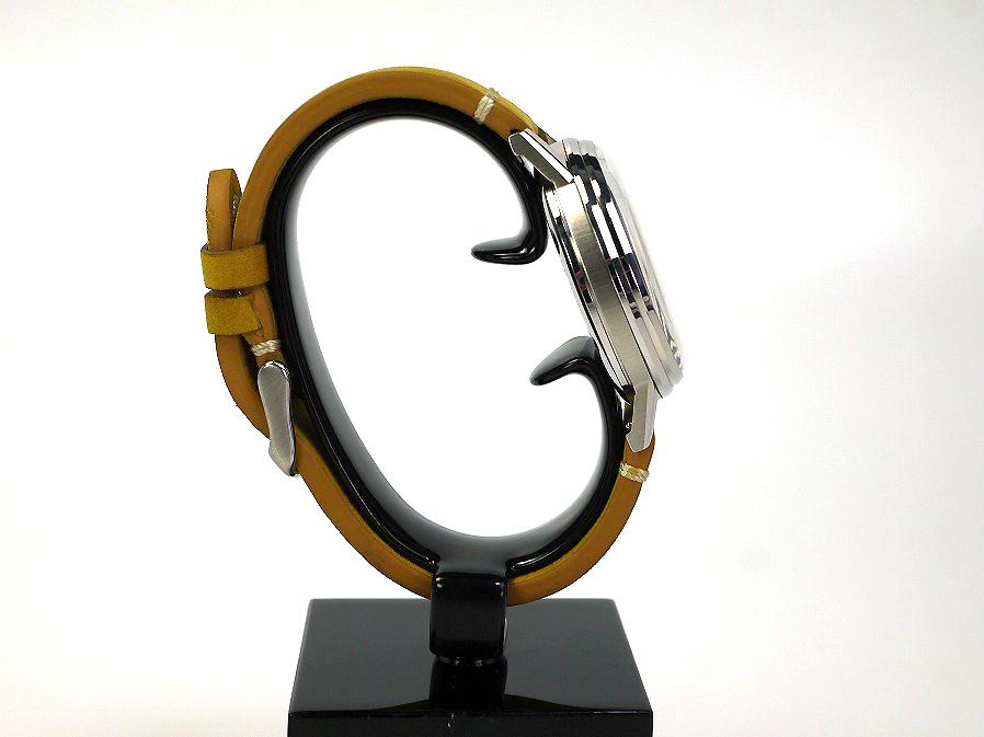 ■本物保証■アンダーン■クロノグラフ 316L メンズ腕時計■替えベルト付■レザー■_画像5