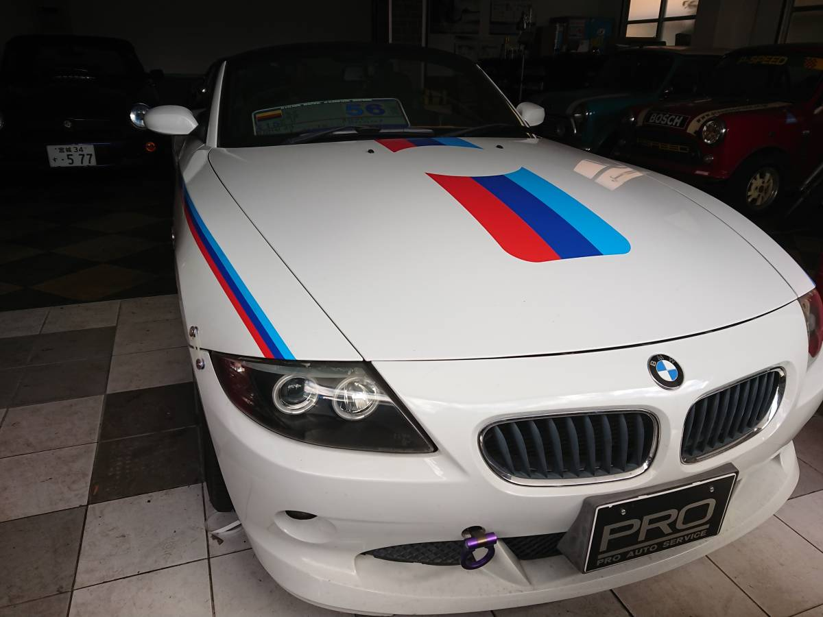「BMW Z4 2.5 ローダウン Mテクストライプ仕様 」の画像1