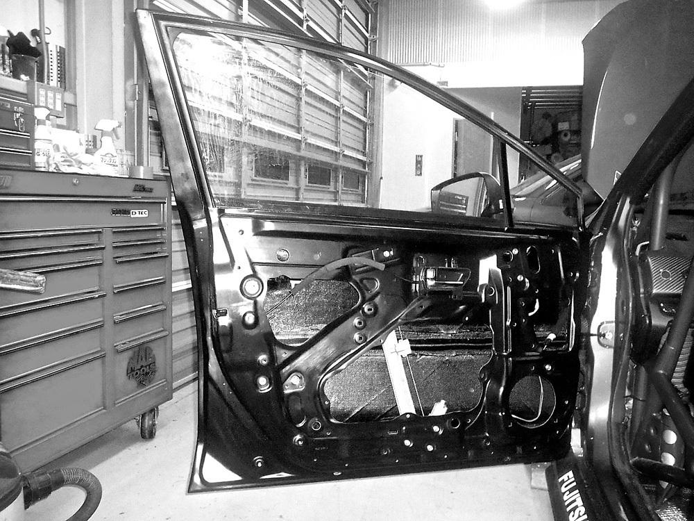 【M's】WRX S4/STI (2014.8-) DAMD ライト・ウェイト・ドア 1枚//FRP(カーボン複合) 未塗装 ダムド エアロ VAG VAB スバル SUBARU_画像1
