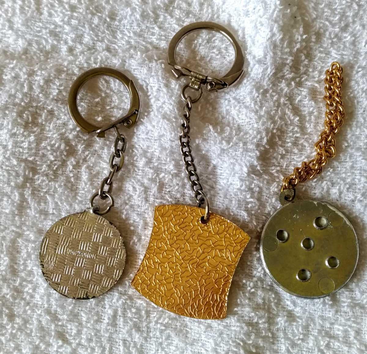 キーホルダー付き(一部除く)プラスチック製小物昭和に集めた3個自宅保管中古品