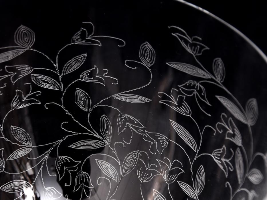 BOHEMIA Crystalea ボヘミア フラワーベース 草花図 クリスタルガラス チェコ ハンドカット 花瓶 花器 花生 西洋美術 ガラス工芸 b7528n_画像5
