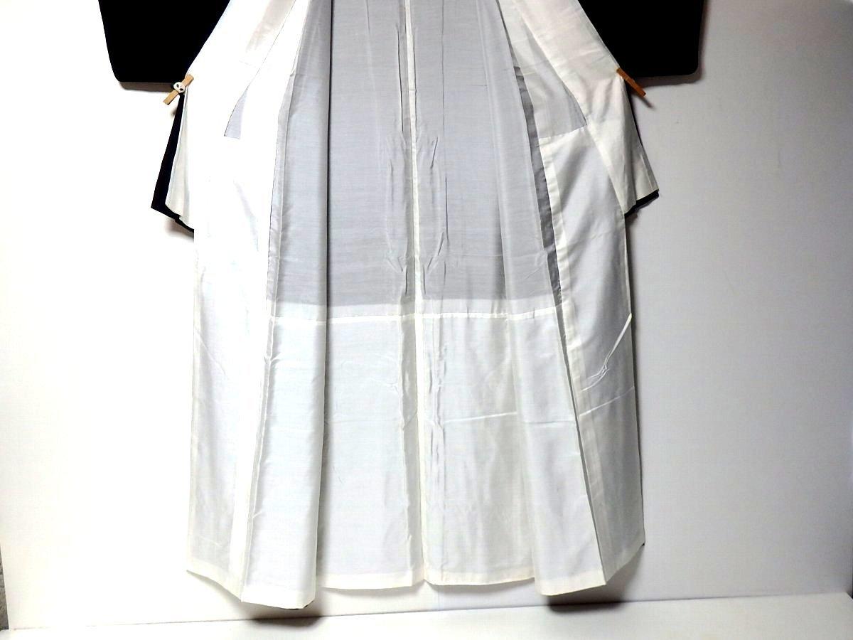 【和服】桐家紋付き・風景に花柄・留め袖・袷着物・身丈約149㎝!_画像4