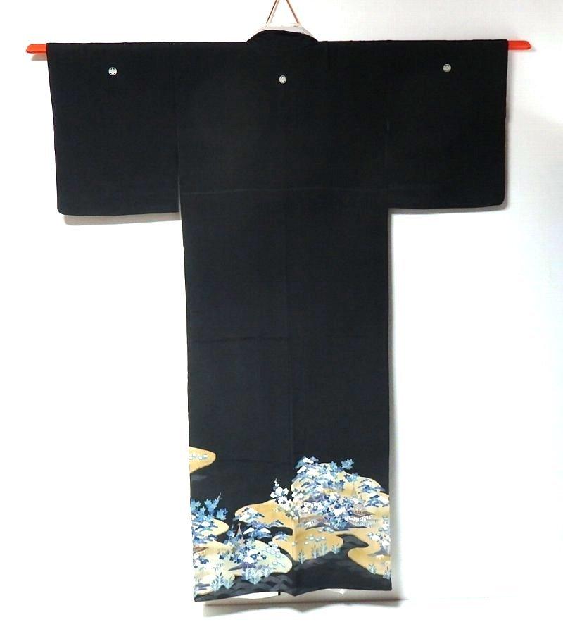 【和服】桐家紋付き・風景に花柄・留め袖・袷着物・身丈約149㎝!_画像2
