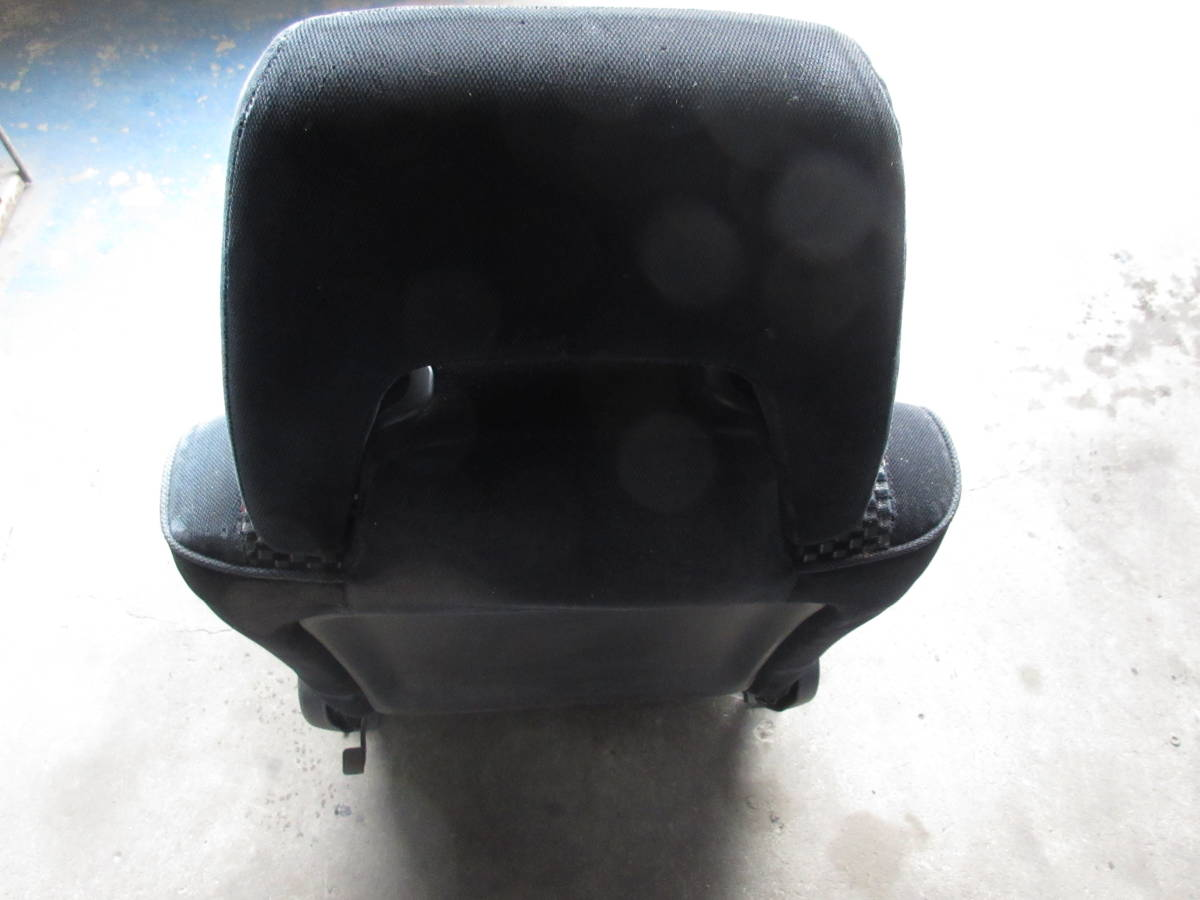 AE92 カローラ FX GT 純正 シート 助手席側 左側 (個人宅発送不可) _画像9