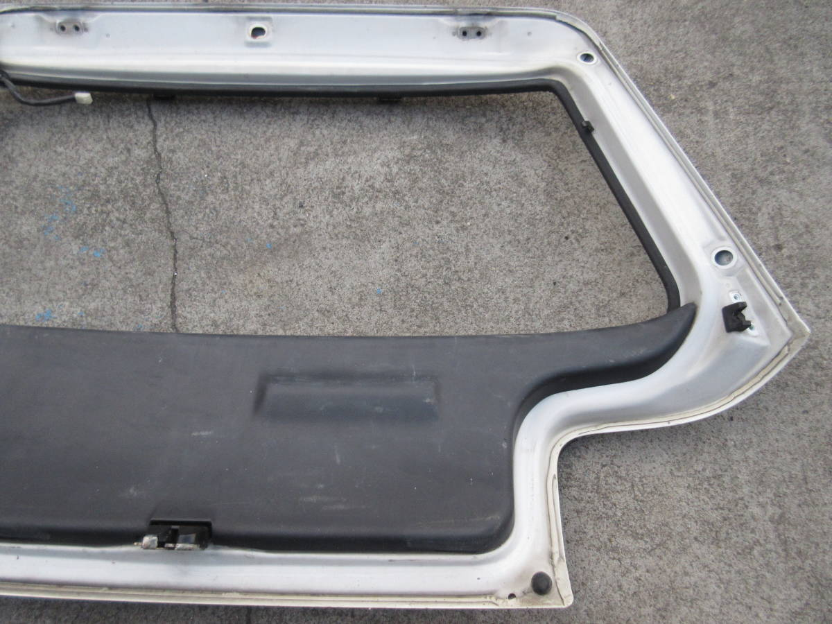 AE92 カローラ FX GT バックドア トランク ハッチ バック ドア (個人宅発送不可) _画像7