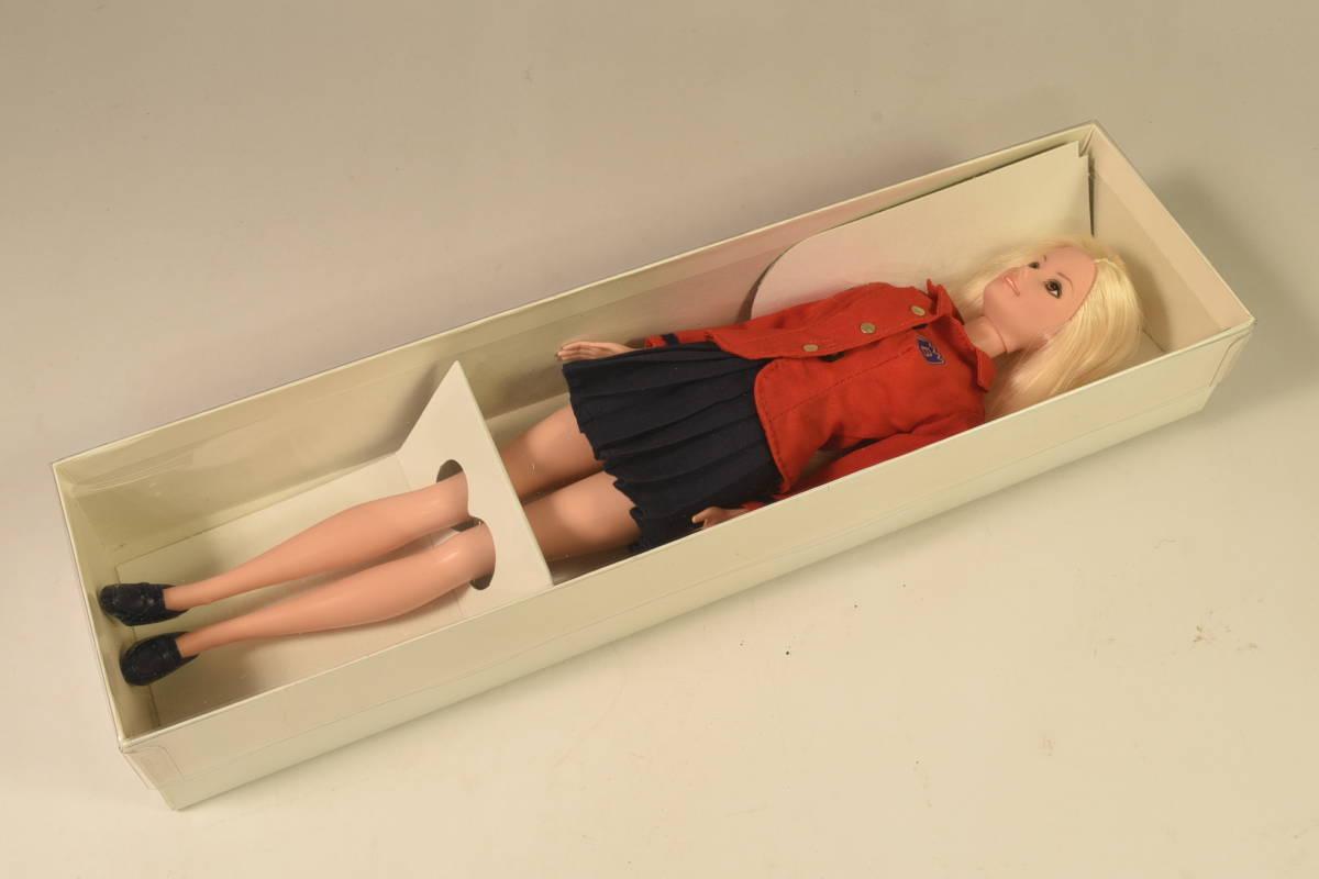 Barbie人形 「詳細不明 Barbie」(F) ・元箱無し・スタンド付き _画像4