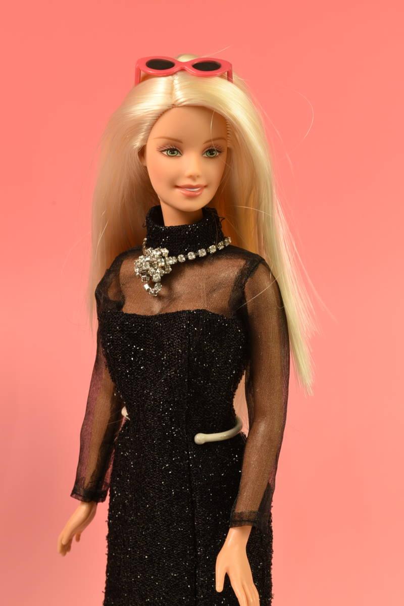 Barbie人形 「詳細不明 Barbie」(F) 元箱無し・スタンド付き _画像2