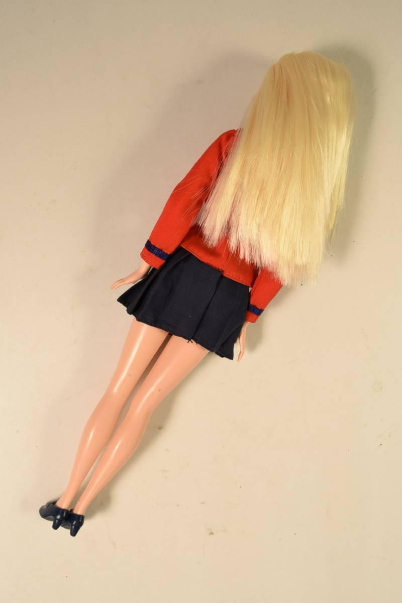 Barbie人形 「詳細不明 Barbie」(F) ・元箱無し・スタンド付き _画像5